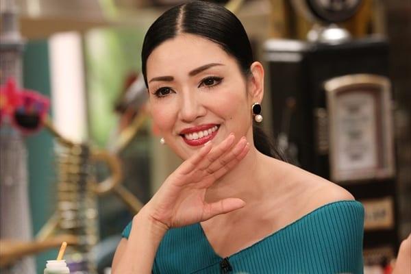 """""""テレビショッピングの女王""""アンミカの人気の秘密に迫る!"""