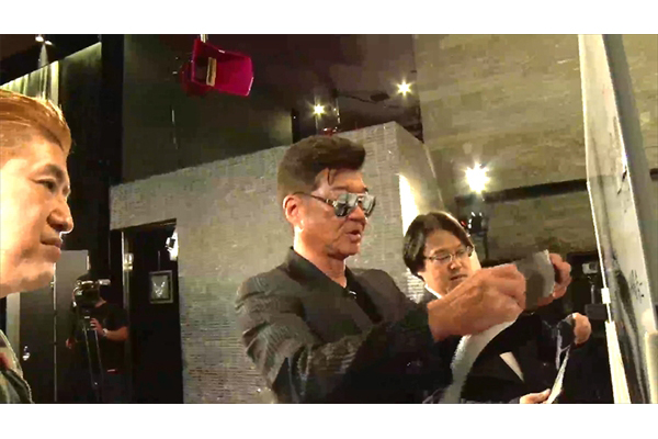 芸能界のケンカ最強ランキングを発表!小沢仁志も緊急参戦「俺を巻き込みやがって!」