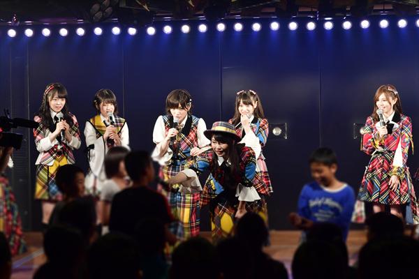 AKB48が初の修学旅行生特別公演を開催