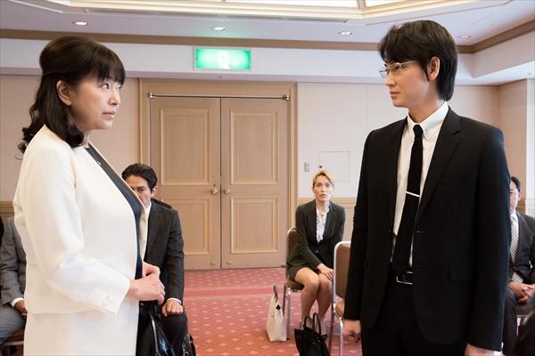 かたせ梨乃が綾野剛とバトル!傲慢な女社長役で『ハゲタカ』第2話に出演
