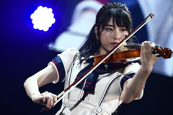 横山由依、今年はバイオリンに挑戦!結果は…「AKB48グループ感謝祭」
