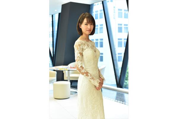 『大恋愛』戸田恵梨香がウエディングドレス姿でクランクイン!「本気で大恋愛したい」