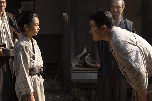 鈴木亮平、舞台裏でも糸&愛加那に気遣い?『西郷どん』第39話10・21放送