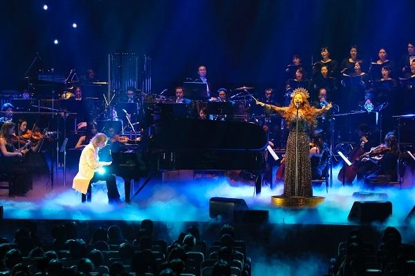 YOSHIKI×サラ・ブライトマン、奇跡の共演で「Miracle」を日本初披露