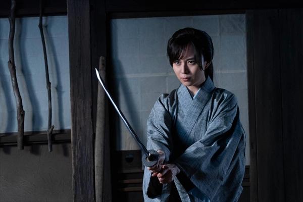 比嘉愛未が『剣客商売』で女剣士役に初挑戦「初めてのドキドキワクワク感」