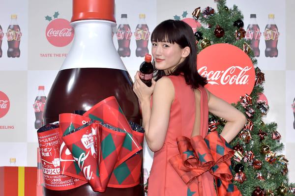 綾瀬はるか「サンタのソリに一緒に乗ってみたい!」