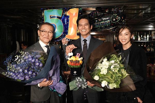 『SUITS/スーツ』織田裕二、51歳の誕生日に撮了!続編は「やらないのはもったいない」