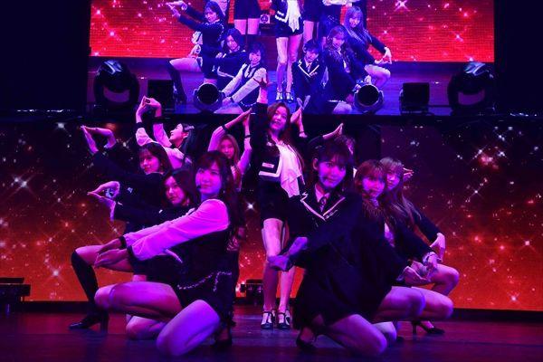 IZ*ONEが日本デビューシングル「好きと言わせたい」をライブ初披露!