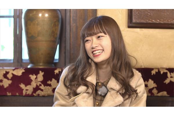 """綾小路翔がNGT48・中井りかに""""ツッパリの服飾史""""を講義「渡り廊下がランウェイ」"""