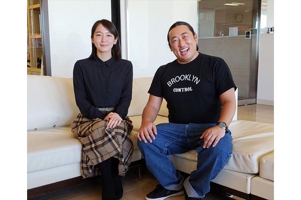 """吉岡里帆にロバート秋山竜次が""""あのキャラ""""をレクチャー!?"""