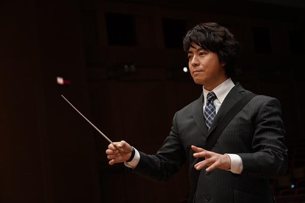 上川隆也、タクトを振る!『遺留捜査スペシャル』でオーケストラの指揮に初挑戦