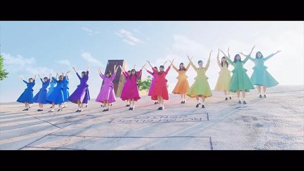 日向坂46「JOYFUL LOVE」
