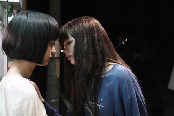 小松菜奈が門脇麦に強引にキス!『さよならくちびる』本予告&新場面解禁