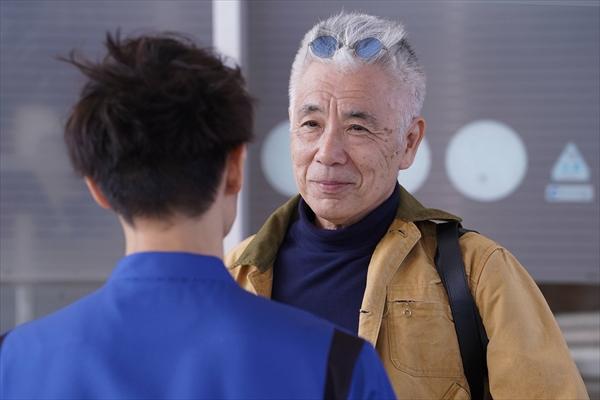 イッセー尾形、窪田正孝は「多角的な表情を見せてくれる役者さん」『ラジエーションハウス』第1話にゲスト出演