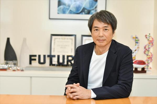 時任三郎が紐倉(山下智久)の過去を知る元上司役で『インハンド』第5話から登場