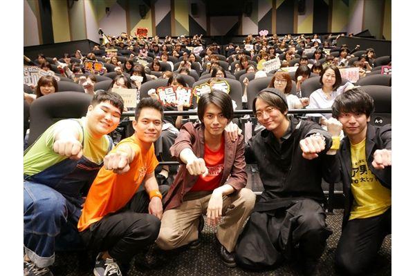 中尾暢樹、浅香航大、菅原健、小平大智が「チア男子!!」応援上映に大興奮