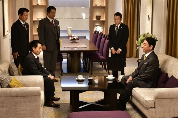 石丸謙二郎が疑惑の大物政治家に!「討つか討たれるか…」『集団左遷!!』第9話から登場