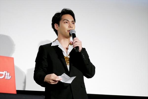 映画「ザ・ファブル」大ヒット御礼舞台あいさつ