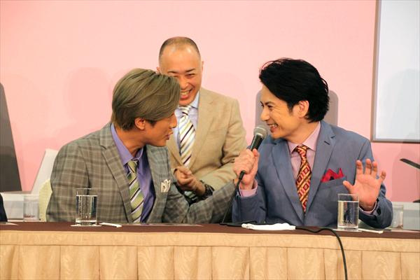 佐藤アツヒロ、内博貴と12年ぶり共演に「後輩とできることがうれしい」