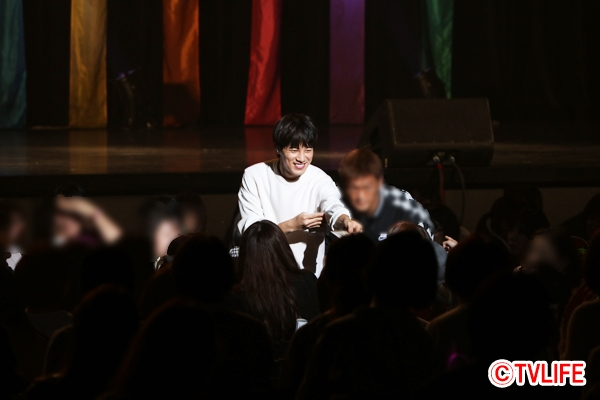 「Sungmo's 10th Anniversary Fanmeeting CAME'RA」