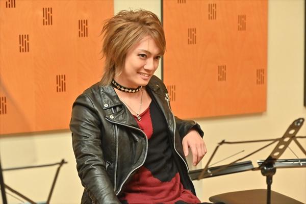 金爆・喜矢武豊が桜井ユキを口説く金髪バンドマン役に!『G線上のあなたと私』