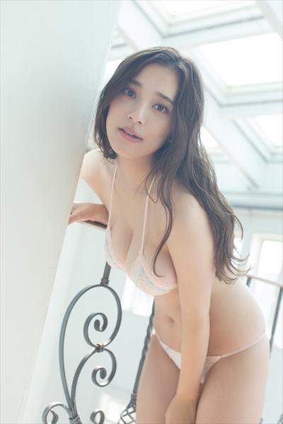 都丸紗也華©飯塚昌太/BOMB