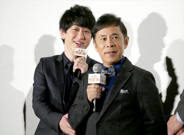 映画「決算!忠臣蔵」初日舞台あいさつ