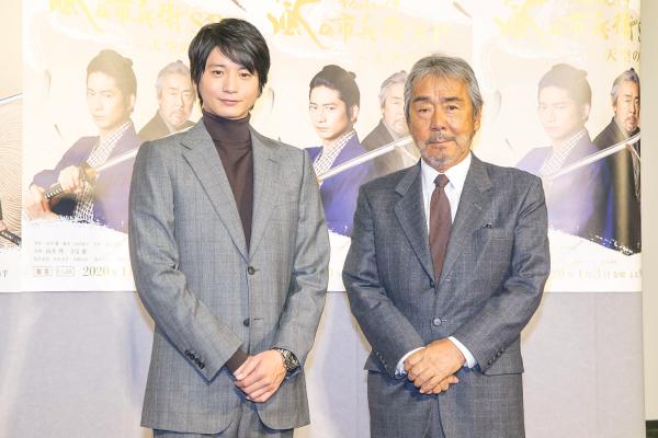 向井理、バディ役・寺尾聰は「背中で教えてくれる方」『そろばん侍SP』来年1・3放送
