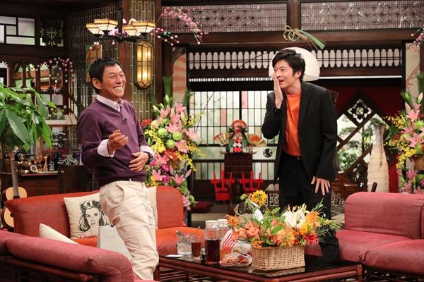 田中圭がさんまをイメージした花をプレゼント!『さんまのまんま』1・2放送