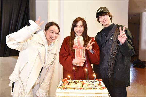 山口紗弥加が清野菜名&横浜流星の誕生日サプライズに「最後まで走り切りましょう!」