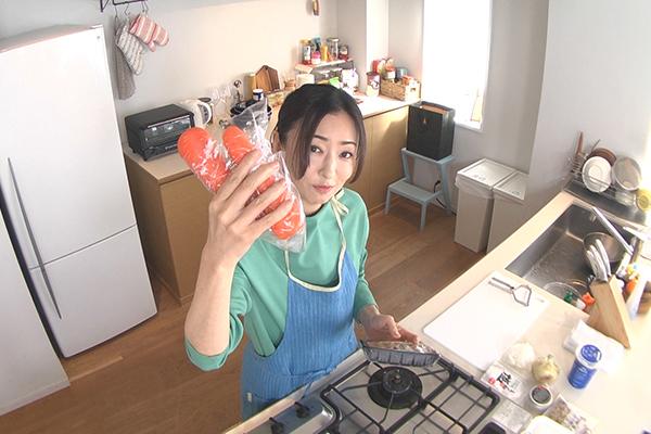 松雪泰子が料理をテレビ初披露!『家事ヤロウ!!!』で絶品スープを作る