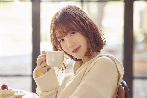 内田真礼の初の配信生バンドライブ「Hello, ONLINE contact!」が7・5開催