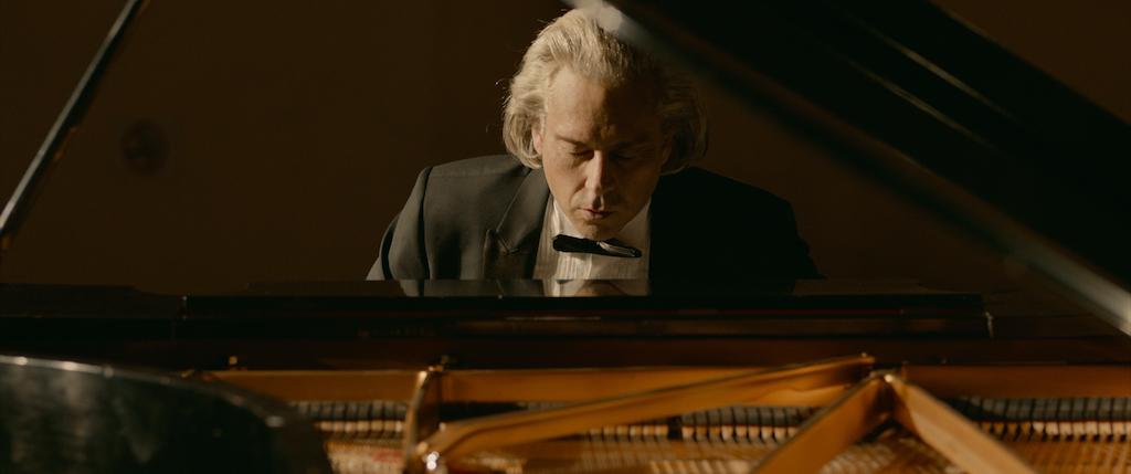 不屈のピアニスト