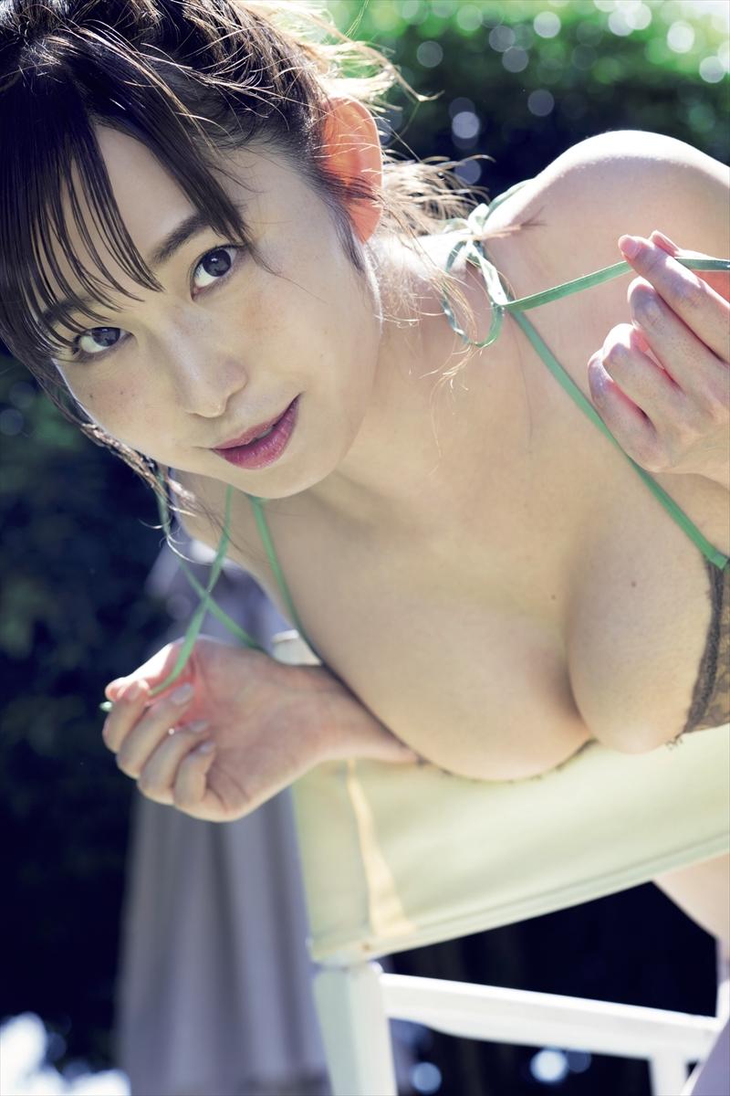 塩地美澄©光文社/週刊FLASH増刊 写真◎矢西誠二
