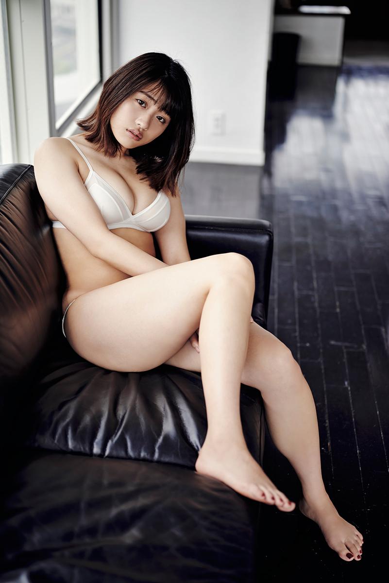 石田桃香©光文社/週刊『FLASH』写真◎熊谷貫