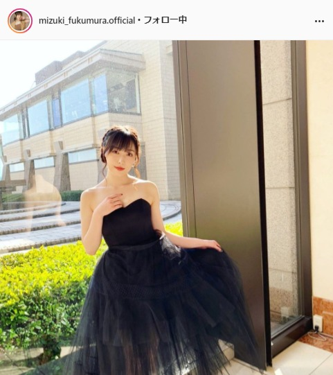 "<span class=""title"">モー娘。譜久村聖の黒ドレス姿に「ゴージャス」「女神様!!」の声</span>"