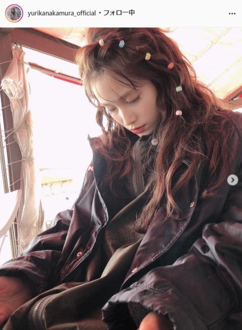 "<span class=""title"">中村ゆりかの居眠りオフショットに「なんと美しい寝顔…」「眠り姫」の声</span>"