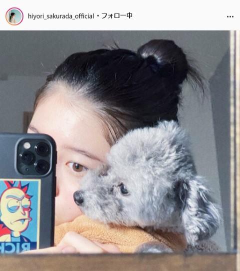桜田ひより公式Instagram(hiyori_sakurada_official)より