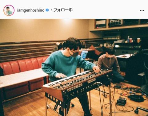 星野源公式Instagram(iamgenhoshino)より