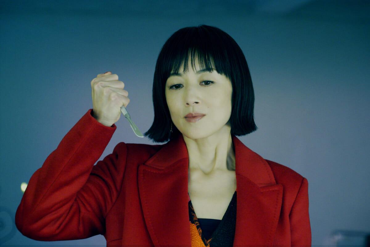 「リカ」©2021映画『リカ ~自称28歳の純愛モンスター~』製作委員会