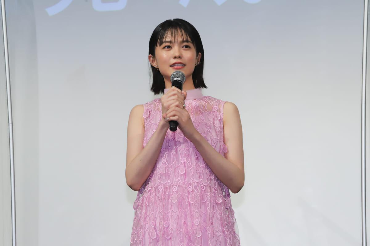 志田彩良©2020 映画「かそけきサンカヨウ」製作委員会