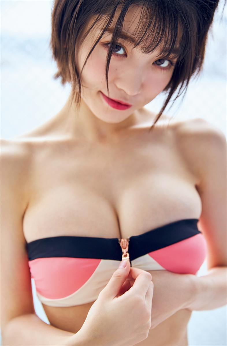 根本凪©光文社/週刊FLASH 写真◎フジシロタカノリ