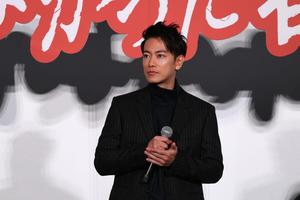 佐藤健©2021映画『護られなかった者たちへ』製作委員会