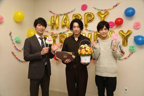 『シャーロック』ディーン・フジオカにBDサプライズ!岩田剛典、佐々木蔵之介が39歳をお祝い